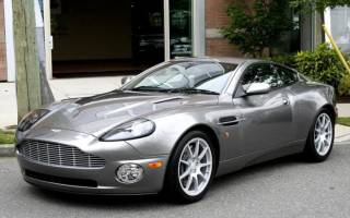Aston Martin Vanquish потеряет крышу в Женеве