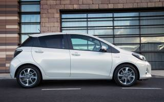 Недавно оценили Toyota Yaris Hybrid
