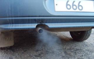 По каким причинам дымит мотор автомобиля