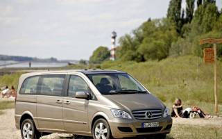 Mercedes-Benz опубликовал фотографию новго поколения Viano