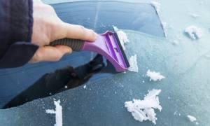 Как удалить царапины на лобовом стекле автомобиля