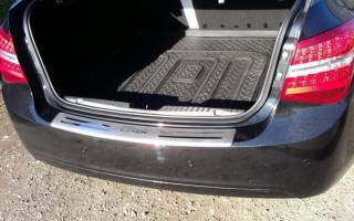 Установка накладок на пороги Chevrolet Cruze