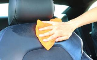 Как убрать запах бензина в автомобиле?
