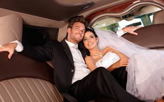 Заказываем лимузин на свадьбу